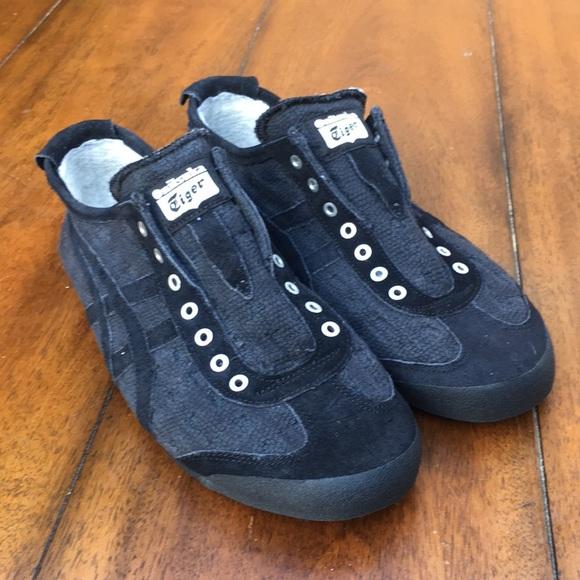 premium selection 837e4 7a5e2 Onitsuka Tiger Women's Sneakers size 9